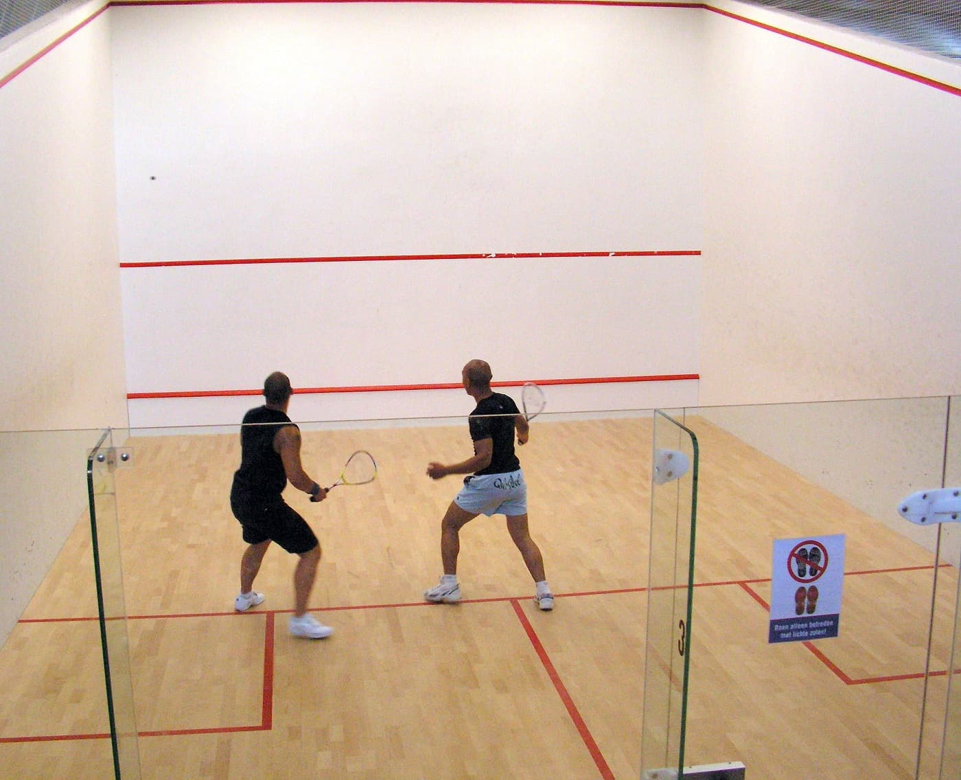 The benefits of playing squash in college